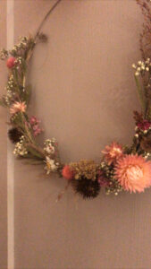 Wallhanging dry flowers